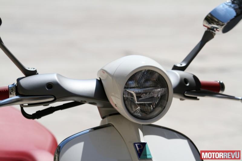 Motorok Vespa 946