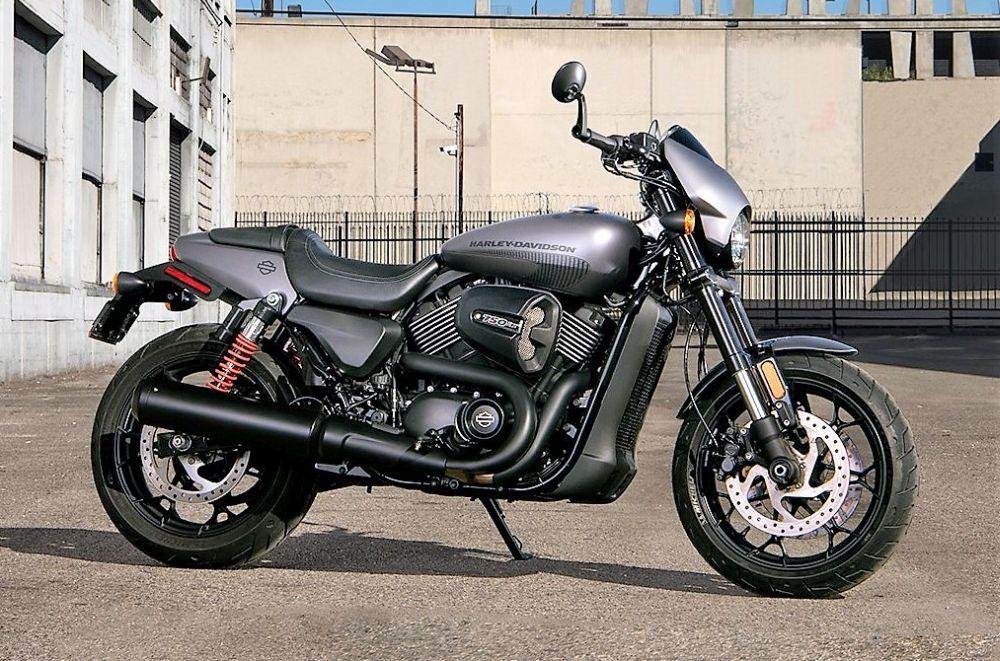 Motorok Harley-Davidson Street Rod (2017) (még több kép)
