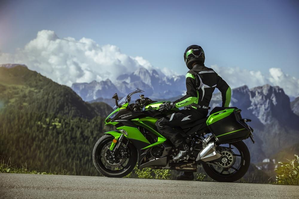Motorok Kawasaki Z1000SX (2017)