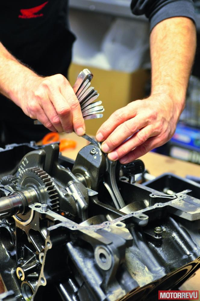 Motorok Tesztek galériája Honda NC700SD - szétszedés 50 000 km után
