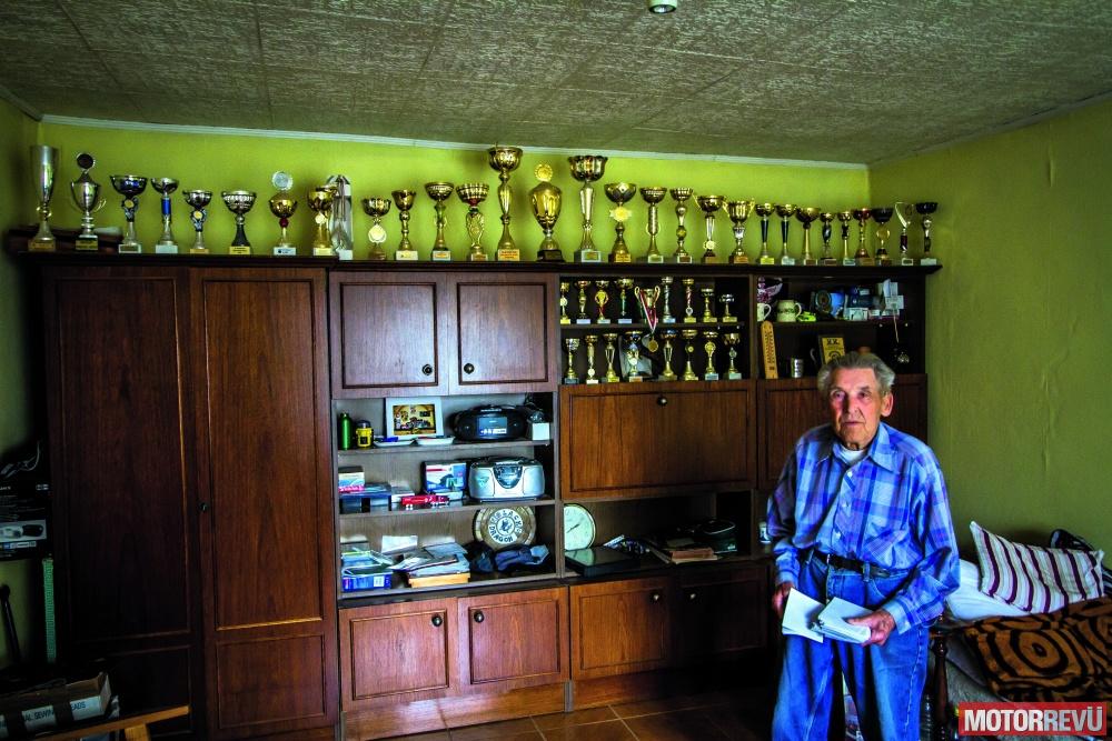 galéria Nagy János - Magyarország egyik legidõsebb aktív motorosa