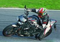 Triumph Street Triple RS teszt az új Motorrevüben