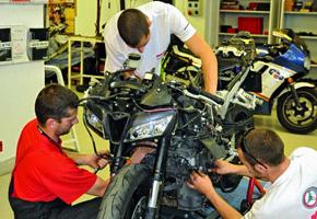 Honda CBR600RR szétszedése