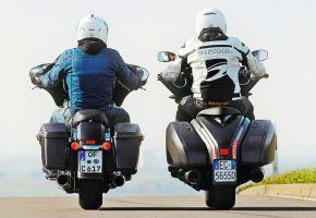 Moto Guzzi MGX-21 és Harley-Davidson Street Glide