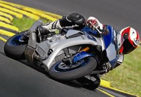 Yamaha YZF-R1/R1M