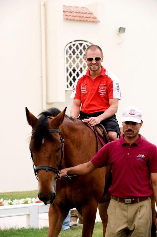 Talm�csi G�bor �s a lovak