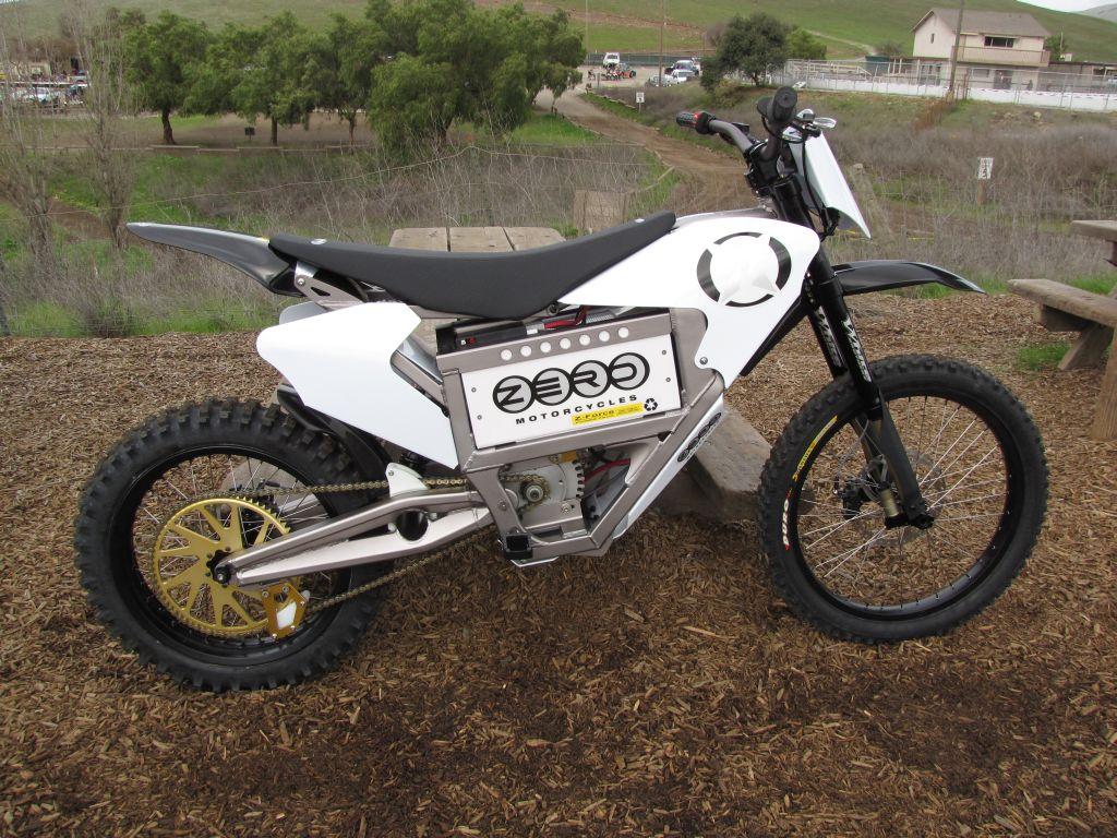 Zero X elektromos cross motor