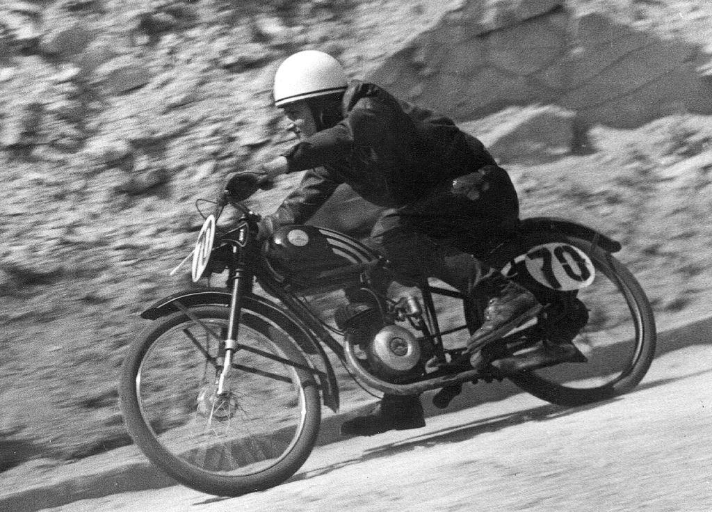 Szabó Andor a PKSE zöldmáli versenyén 1947-ben