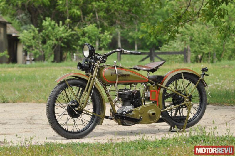 Motorok Harley-Davidson 29B