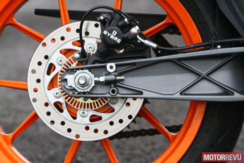 Motorok KTM 390 Duke ABS