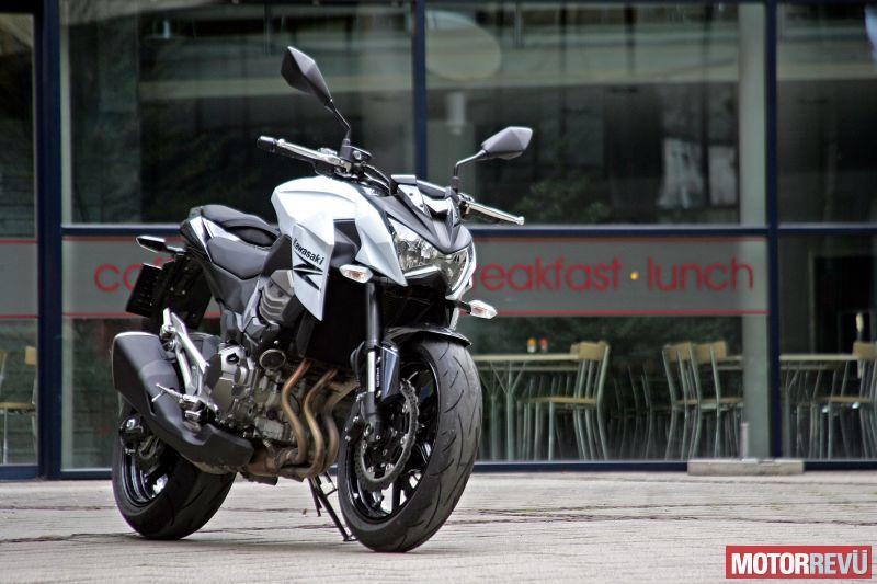 Motorok Kawasaki Z800e ABS