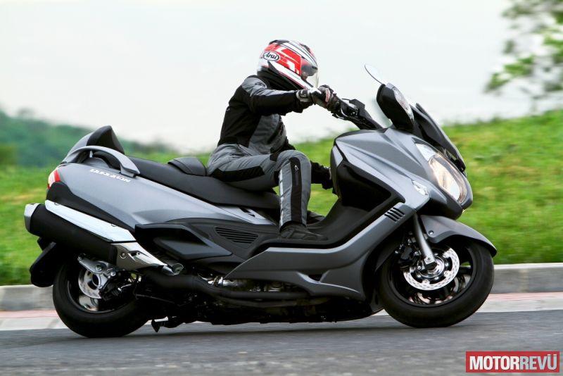 Motorok Suzuki Burgman 650 Executive