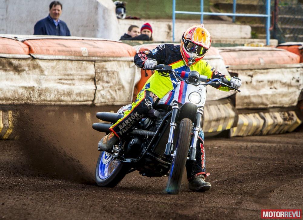 Motorok Custom sarok Harley XG 750 Battle of KIngs