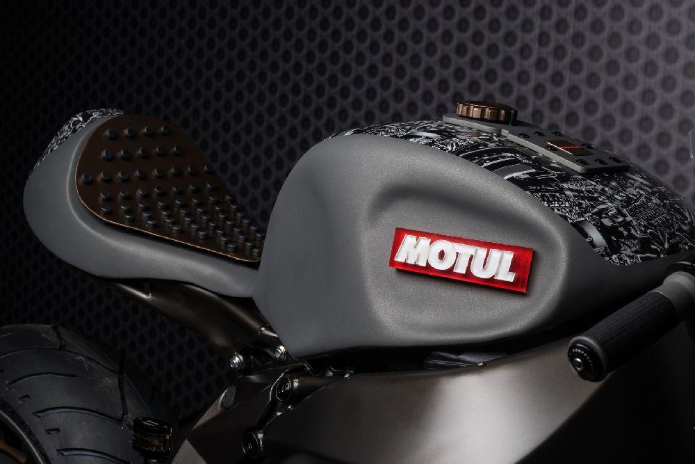 Motorok Custom sarok Motul Onirika 2853