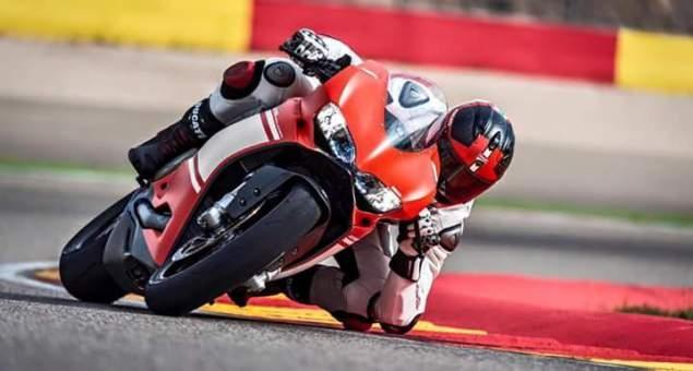Motorok Ducati 1299 Superleggera (kiszivárgott képek)