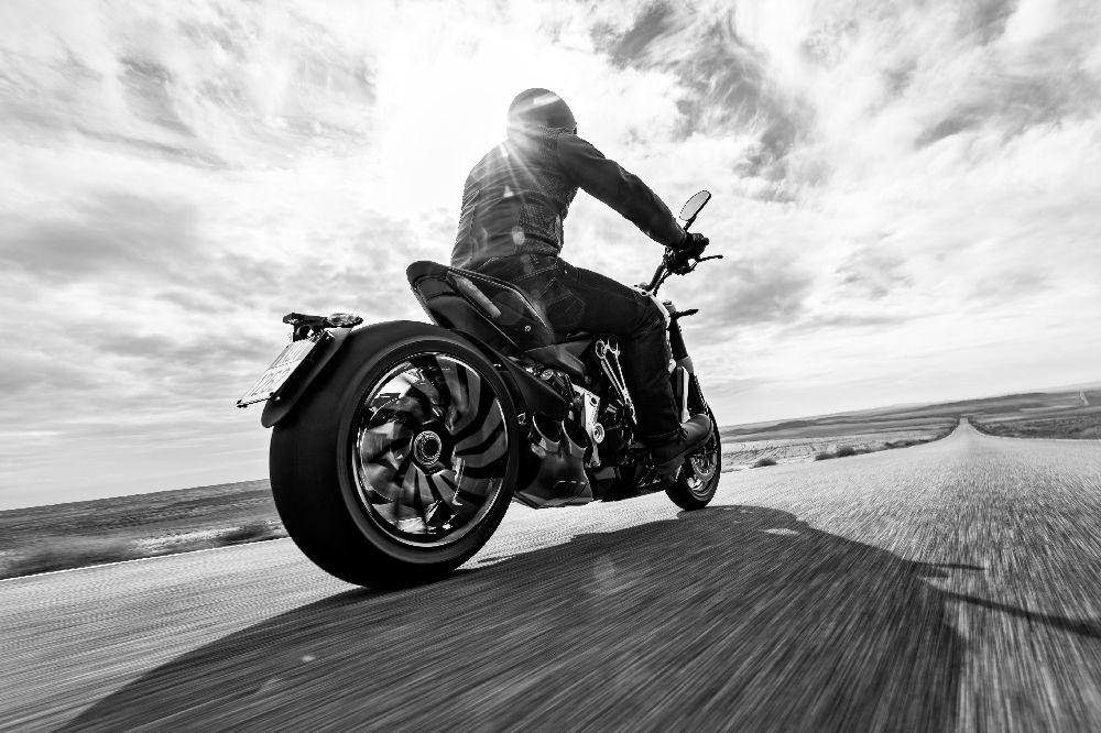 Motorok Ducati XDiavel