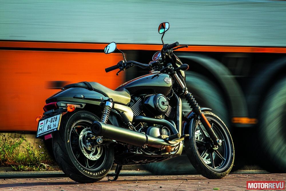 Motorok Harley-Davidson Street 750