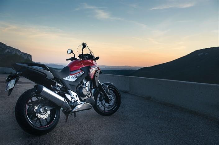 Motorok Honda CB500X - 2016
