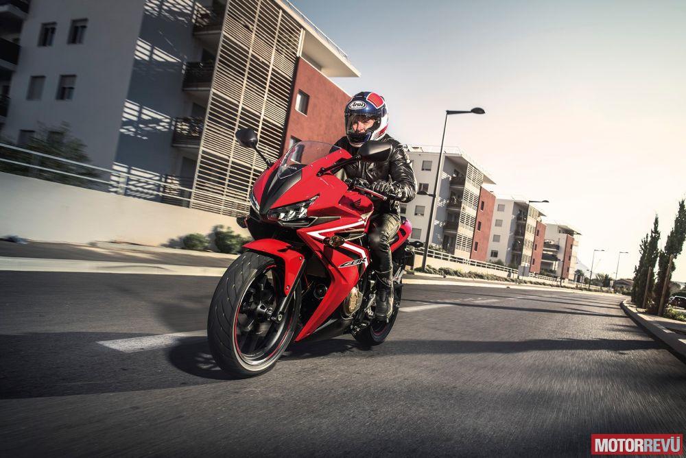 Motorok Honda CBR500R (2016)