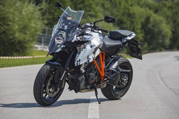 Motorok KTM Super Duke 1290 GT