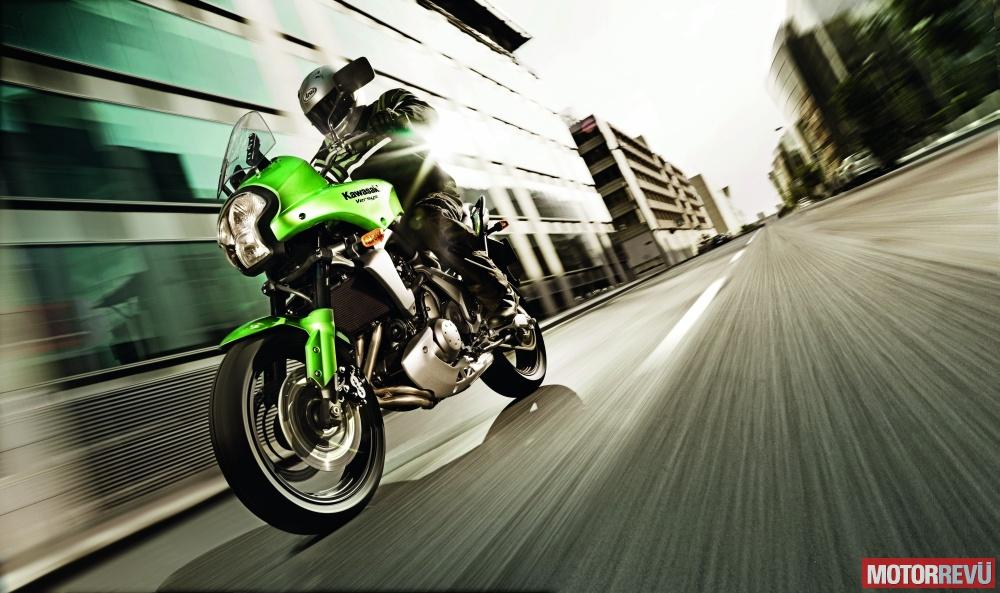 Motorok Kawasaki Versys 2009