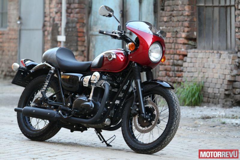 Motorok Kawasaki W800