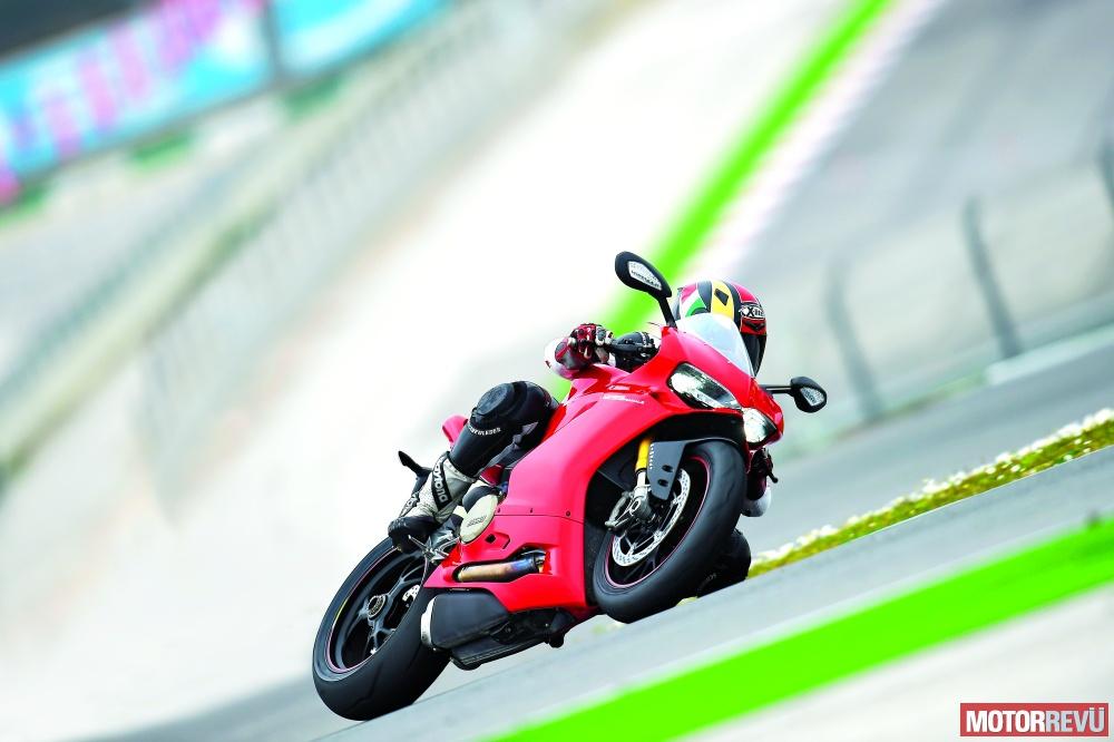 Motorok Tesztek galériája Ducati 1299 Panigale S