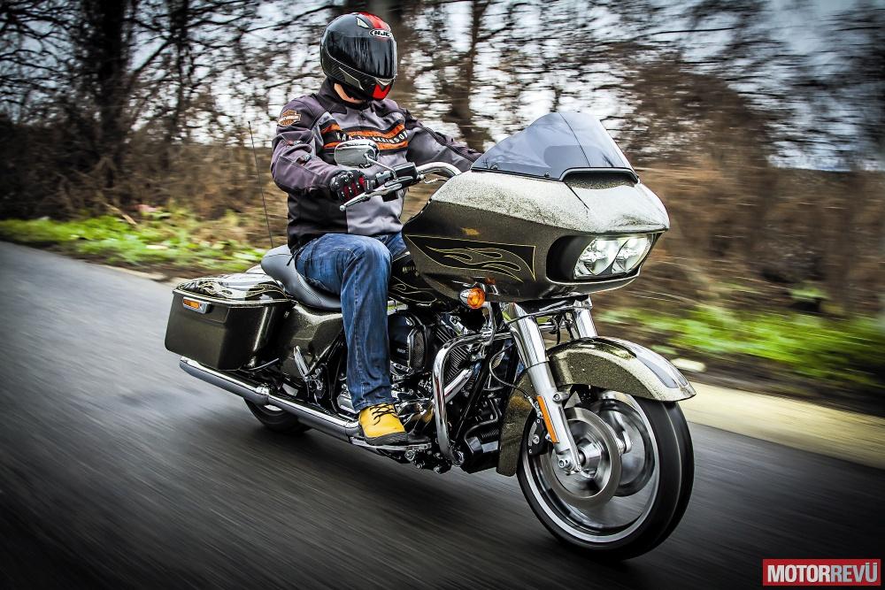 Motorok Tesztek galériája Harley-Davidson Road Glide Special - 2015