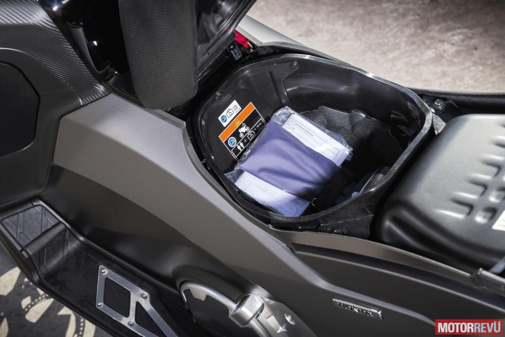 Motorok Tesztek galériája Honda NC750D Integra (2016)