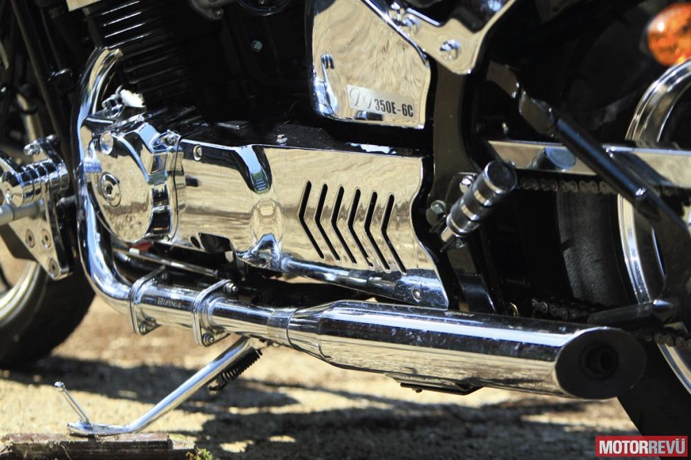 Motorok Tesztek galériája Junak M16