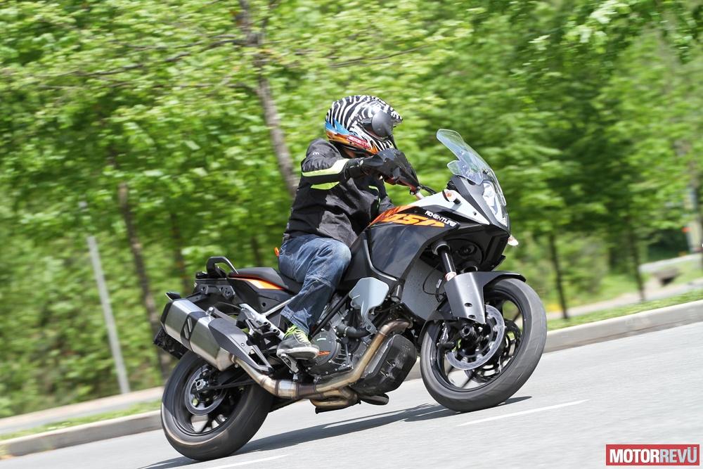 Motorok Tesztek galériája KTM Adventure Family