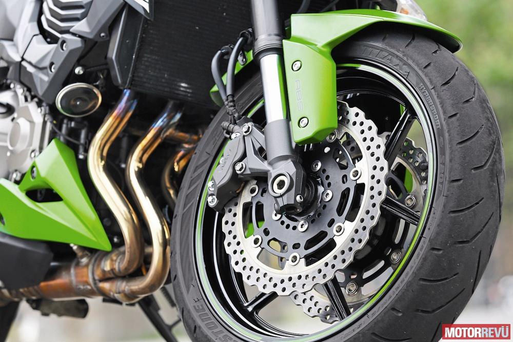 Motorok Tesztek galériája Középkategóriás naked bike-ok - 2016