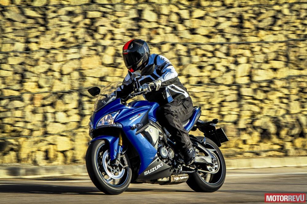 Motorok Tesztek galériája Suzuki GSX-S1000F - 2016