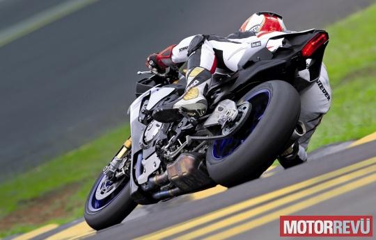 Motorok Tesztek galériája Yamaha YZF-R1 2015 menetpróba