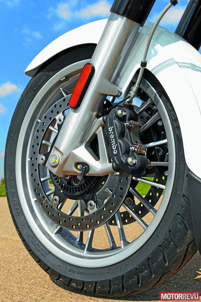 Motorok Tesztek galériája Összehasonlító teszt: Moto Guzzi California Touring vs. Triumph Thunderbird LT