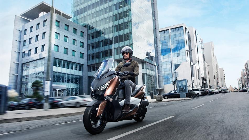 Motorok Yamaha X-MAX 300 (2017)