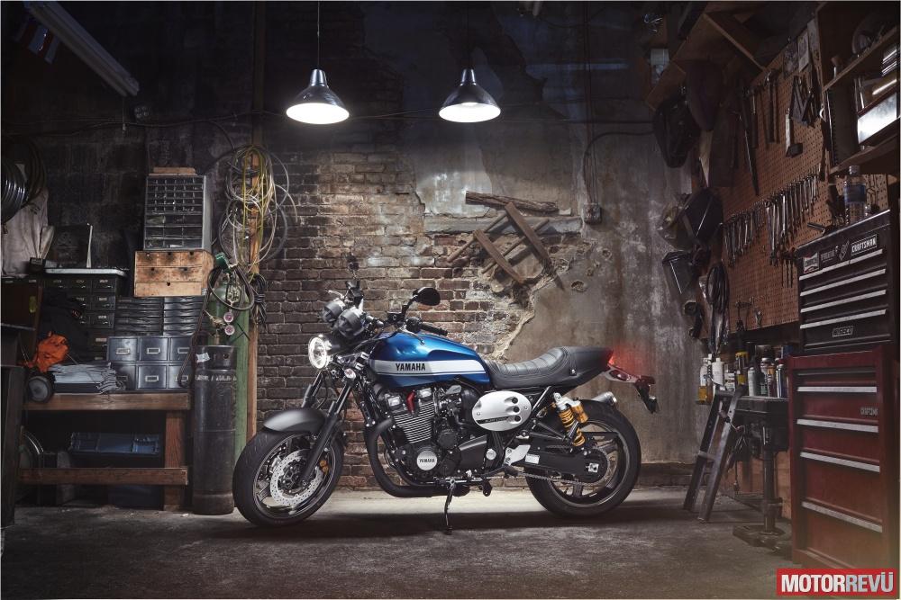 Motorok Yamaha XJR1300 (2015)