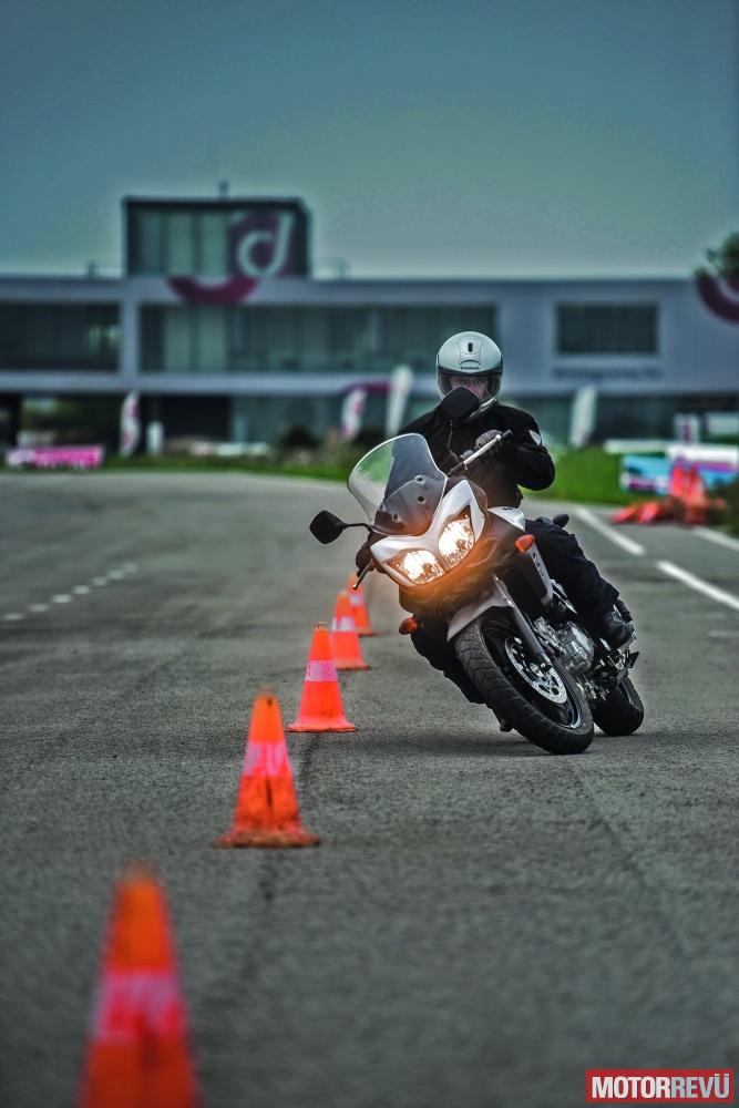 galéria Drivingcamp vezetéstechnikai tréning